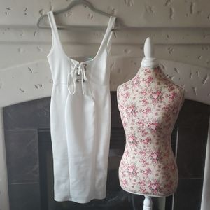 NWT MISSGUIDED White dress